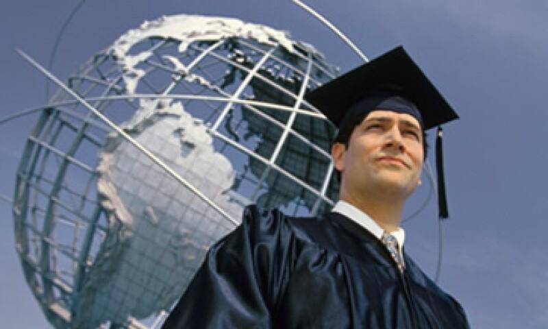 Alrededor de 3,000 profesionistas cursan un MBA en México. (Foto: Archivo)