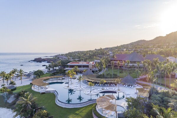 Life and Style Four Seasons Punta Mita.jpg