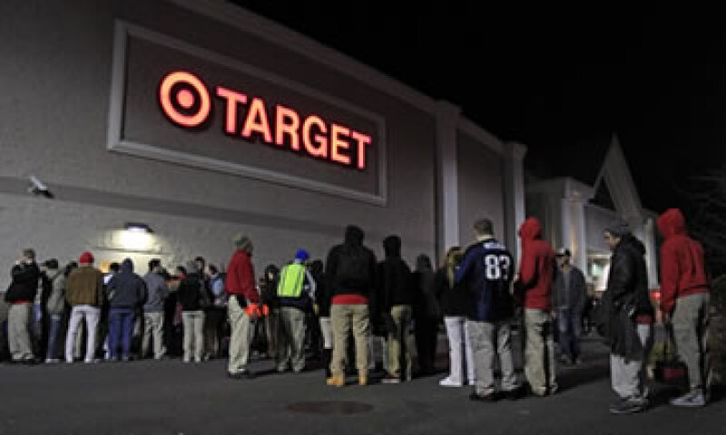 ShopperTrak ha estimado que las ventas minoristas por todo noviembre y diciembre en Estados Unidos subirán entre 3 y 3.3%. (Foto: Reuters)