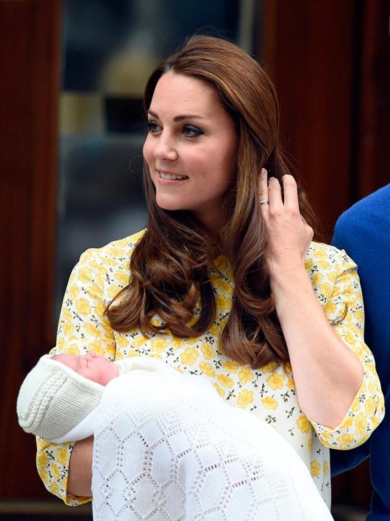 Después de innumerables apuestas, se dan a conocer los tres nombres de la nueva princesa, que son un tributo a sus abuelos y su bisabuela.