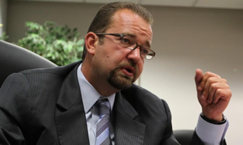 A la comparecencia sólo se presentó Mony de Swaan, comisionado presidente del organismo regulador. (Foto: Notimex)