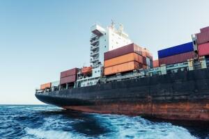 Mayor déficit en mercancías petroleras