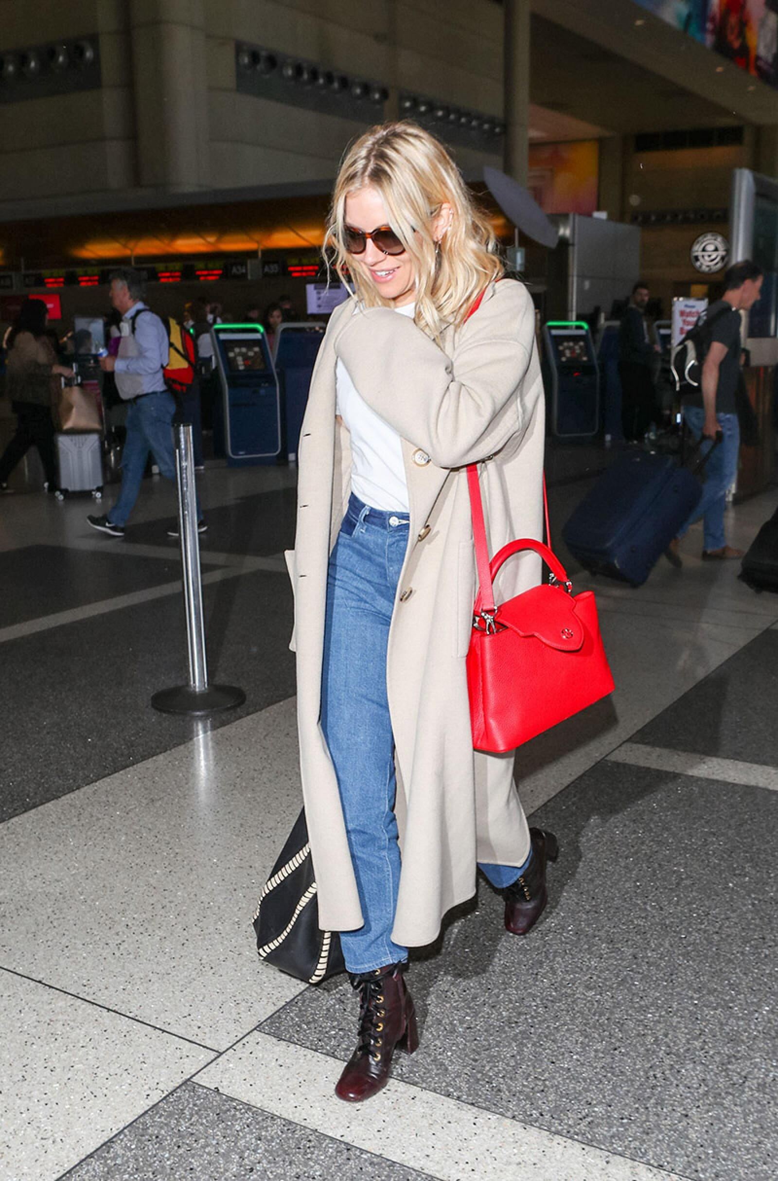 Sienna Miller at LAX International Airport, Los Angeles, USA - 05 Mar 2018
