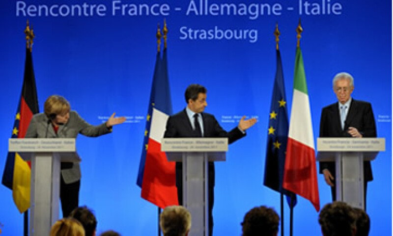 Merkel se mantuvo firme en la línea de que el tratado prohíbe al BCE actuar como prestamista de última instancia. (Foto: Reuters)