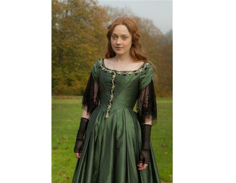 La actriz estadounidense interpreta a Effie, una mujer que sufrió mucho tras un matrimonio fracasado.