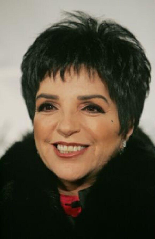 """La cantante y actriz retoma el escenario teatral luego de casi diez años de ausencia para interpretar """"Liza&#39s at the Palace"""" durante dos semanas."""
