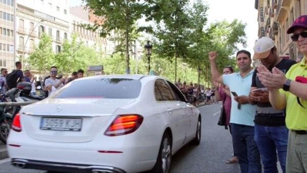 Un grupo de taxistas exige limitar las licencias de Uber y Cabify en España