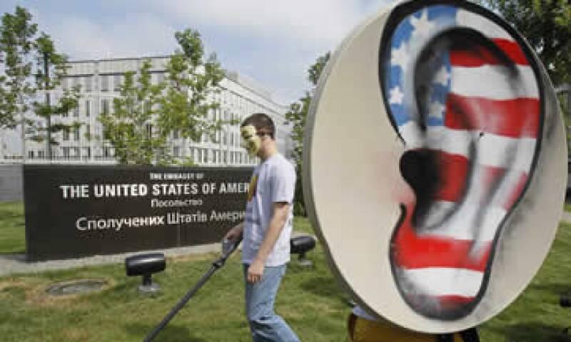 Las revelaciones de Edward Snowden han provocado indignación dentro y fuera de EU. (Foto: Reuters)