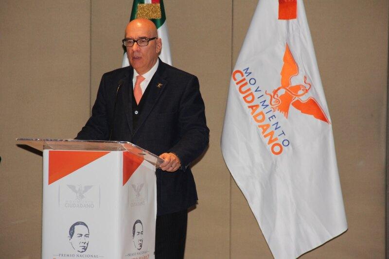Fundador y coordinador nacional de Movimiento Ciudadano.