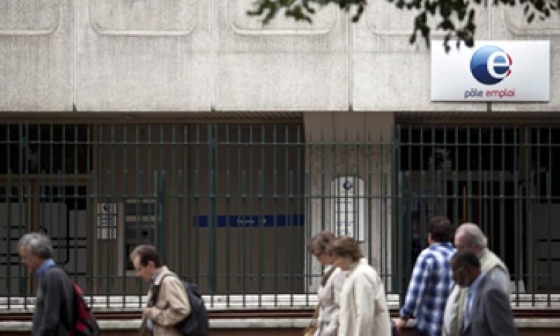 La leve recuperación de EU y el compromiso del BCE de apoyar a la eurozona han ayudado a mejorar la moral económica en el bloque. (Foto: Archivo)
