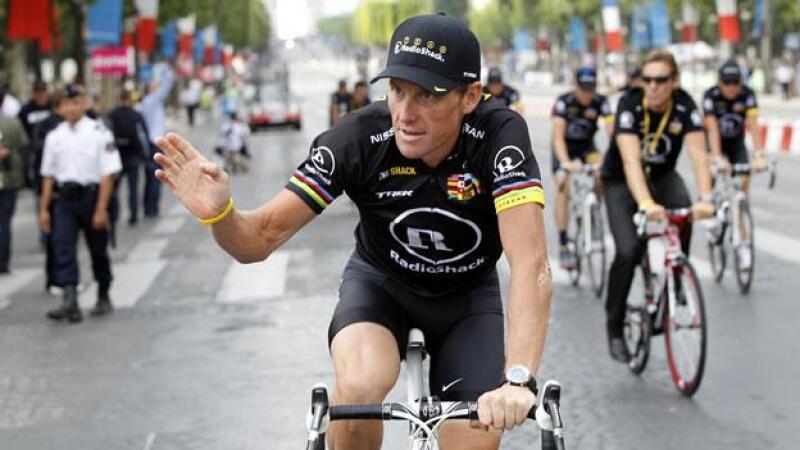 Lance Armstrong se despide del Tour de Francia