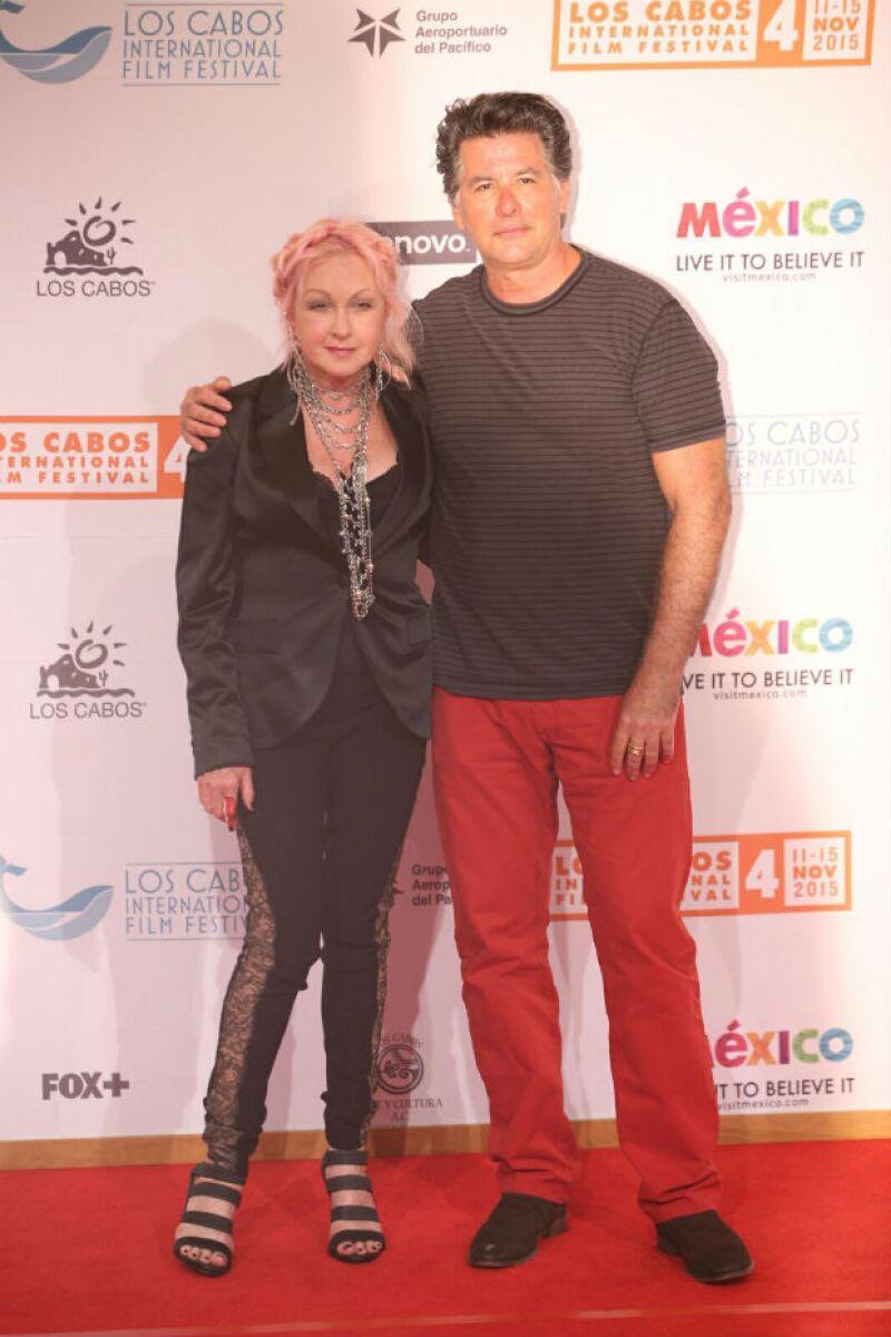 Cyndi Lauper y su inseparable esposo David fueron una visita muy especial.