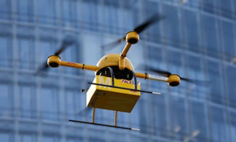 El 'drone' de DHL voló por dos minutos alrededor de un kilómetro sobre una zona deshabitada. (Foto: Reuters)