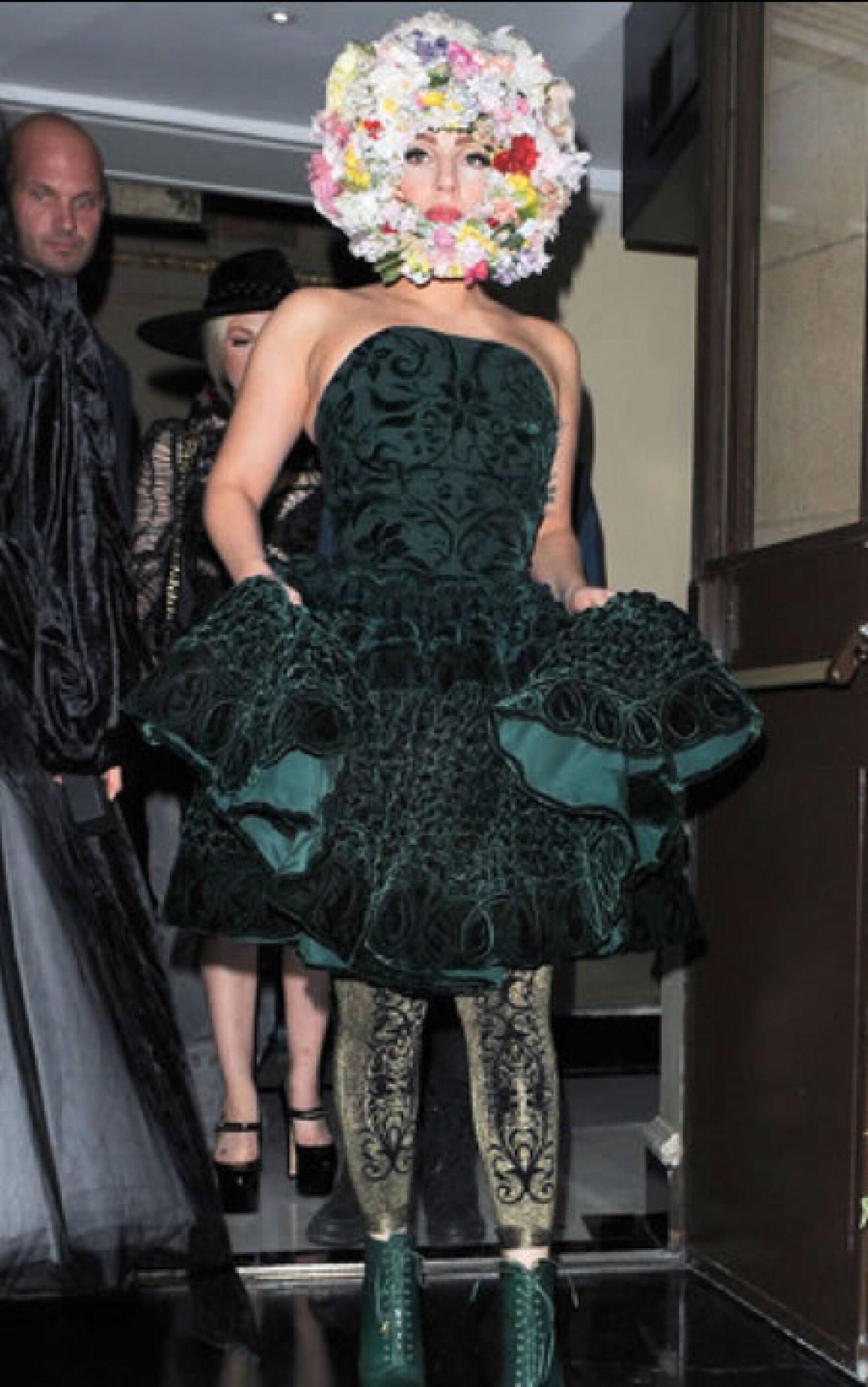 Lady Gaga- `Ahora si llegó muy lejos, felicidades infeliz te ganaste el ramo y arruinaste mi boda´.