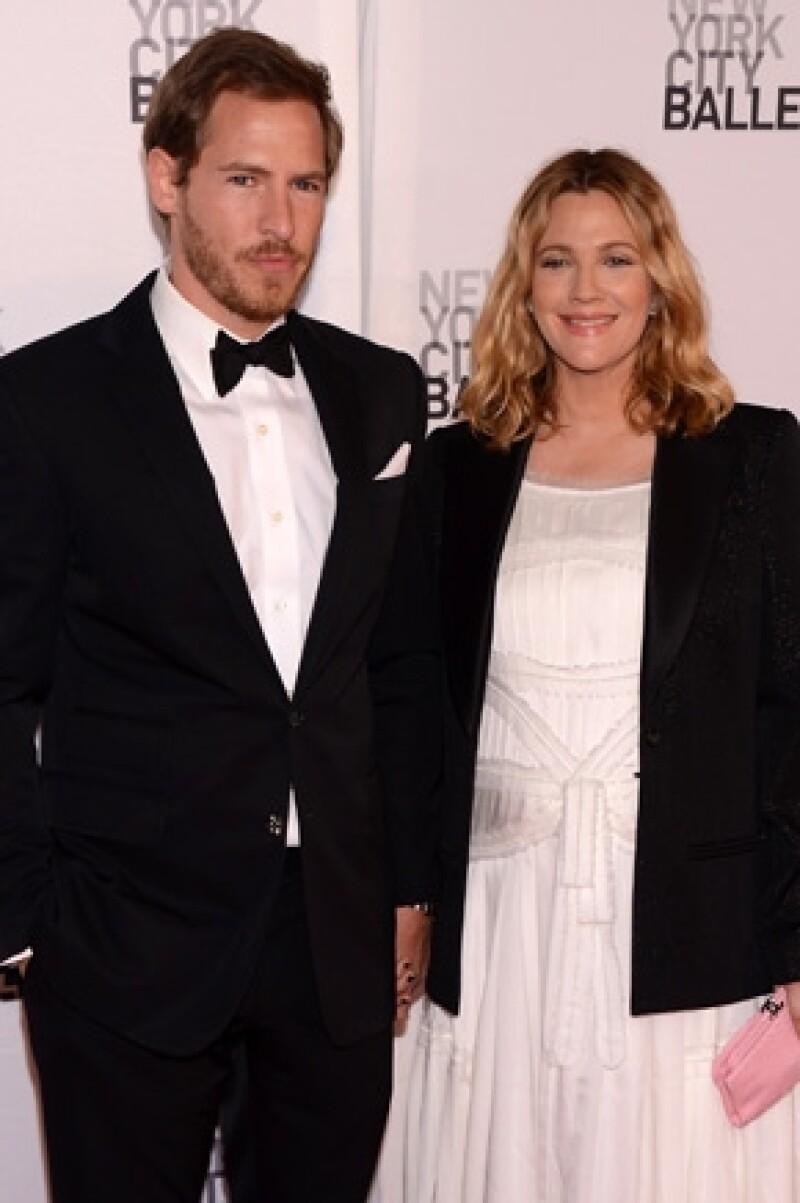 La actriz y su esposo Will Kopelman recibieron a su hija Olive el 26 de septiembre en Los Ángeles, California.