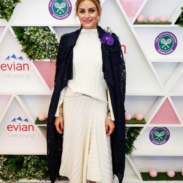 Olivia Palermo en Topshop y Burberry