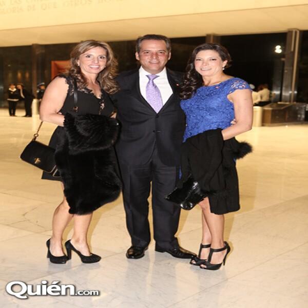 Teresa Chávez,Mauricio Bravo,Miriam Bravo