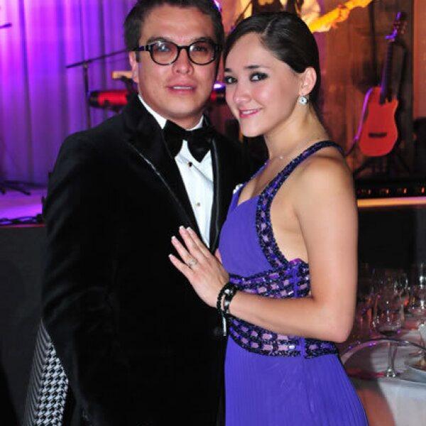 Gerardo Islas,Sherlyn González