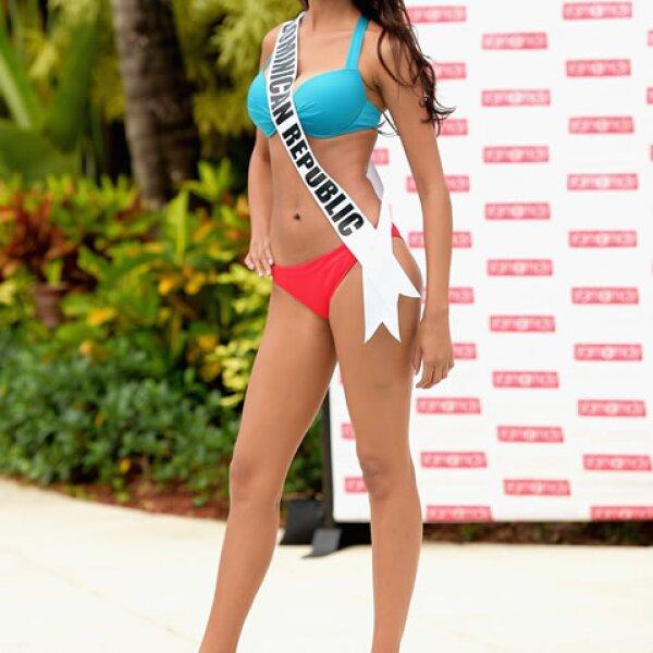 La escultural Kimberly Castillo, de República Dominicana, estuvo presente en el concurso en traje de baño.