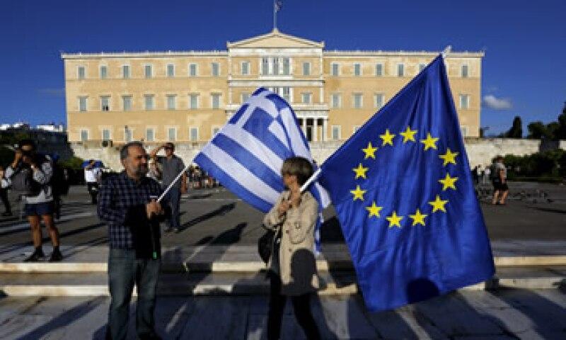 Grecia debe cumplir con el pago al FMI hasta el martes. (Foto: Reuters )