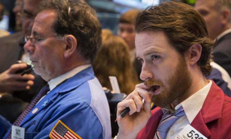 El tecnológico Nasdaq avanza 0.76%. (Foto: Reuters)