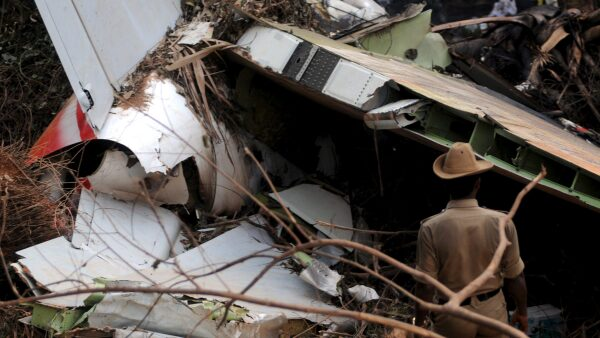 Otros vuelos han desaparecido del radar y sus restos son hallados décadas después.