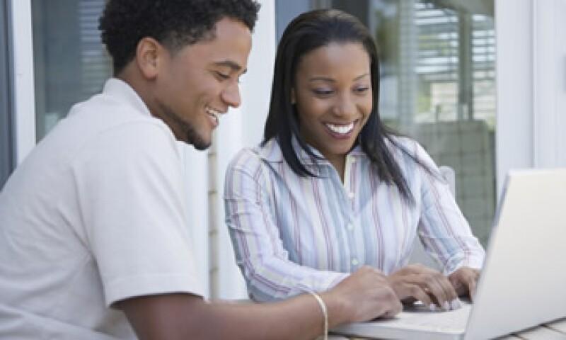 Internet permite que las personas que se encuentran lejos puedan apoyar labores altruistas. (Foto: Thinkstock)