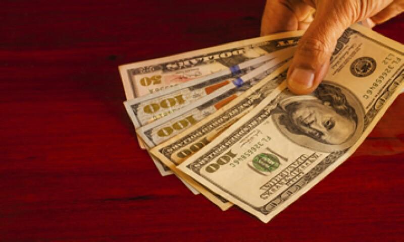 En su valor interbancario, el dólar se ubica en 16.78 pesos a la venta. (Foto: iStock by Gettty Images)