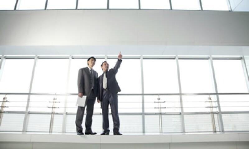 Las compañías fusionadas tienden a centrar la atención en el rápido logro de sinergias y en evitar graves desastres de tecnología. (Foto: Getty Images)