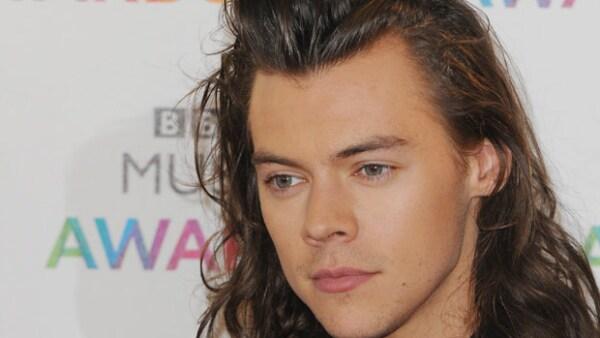 Con una instantánea el cantante de One Direction dio a conocer que su pelo largo era cosa del pasado, y desde entonces todos los sitios en internet y sus seguidores están hablando al respecto.