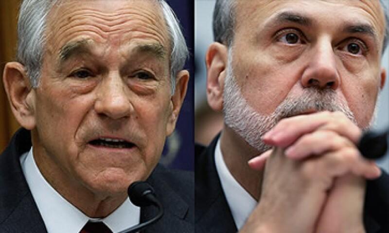La propuesta fue hecha por el representante Ron Paul (izq) y rechazada por Ben Bernanke (der).  (Foto: Cortesía CNNMoney)