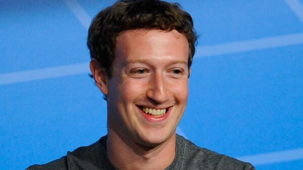 Las acciones de Facebook subieron casi un 10% para alcanzar un máximo histórico el jueves 28 de abril tras dar a conocer su sólido reporte de ganancias.