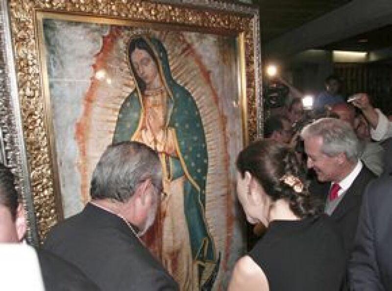 La ex rehén de las FARC cumplió hoy su promesa de visitar la Basílica de Guadalupe para agradecer por su liberación.