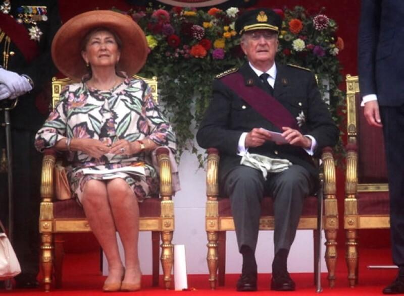 Los hasta ahora monarcas el Rey Alberto II y la Reina Paola de Bélgica.