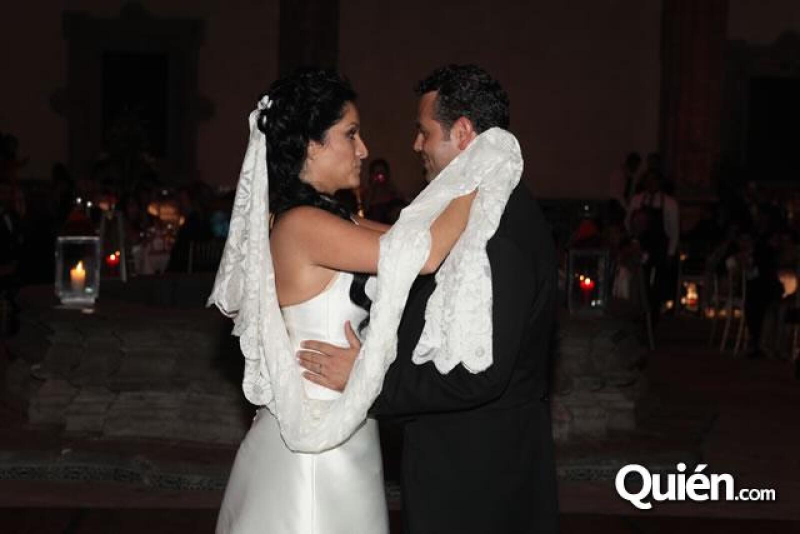Danielle Dithurbide, Guillermo Ochoa