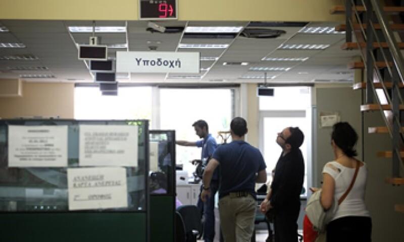 En el sector de la construcción el desempleo cayó 19% en el cuarto trimestre de 2011. (Foto: AP)