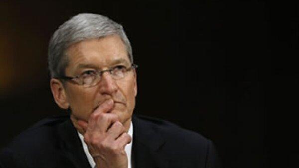 Tim Cook indicó que la empresa paga todos los impuestos que adeuda. (Foto: Reuters)