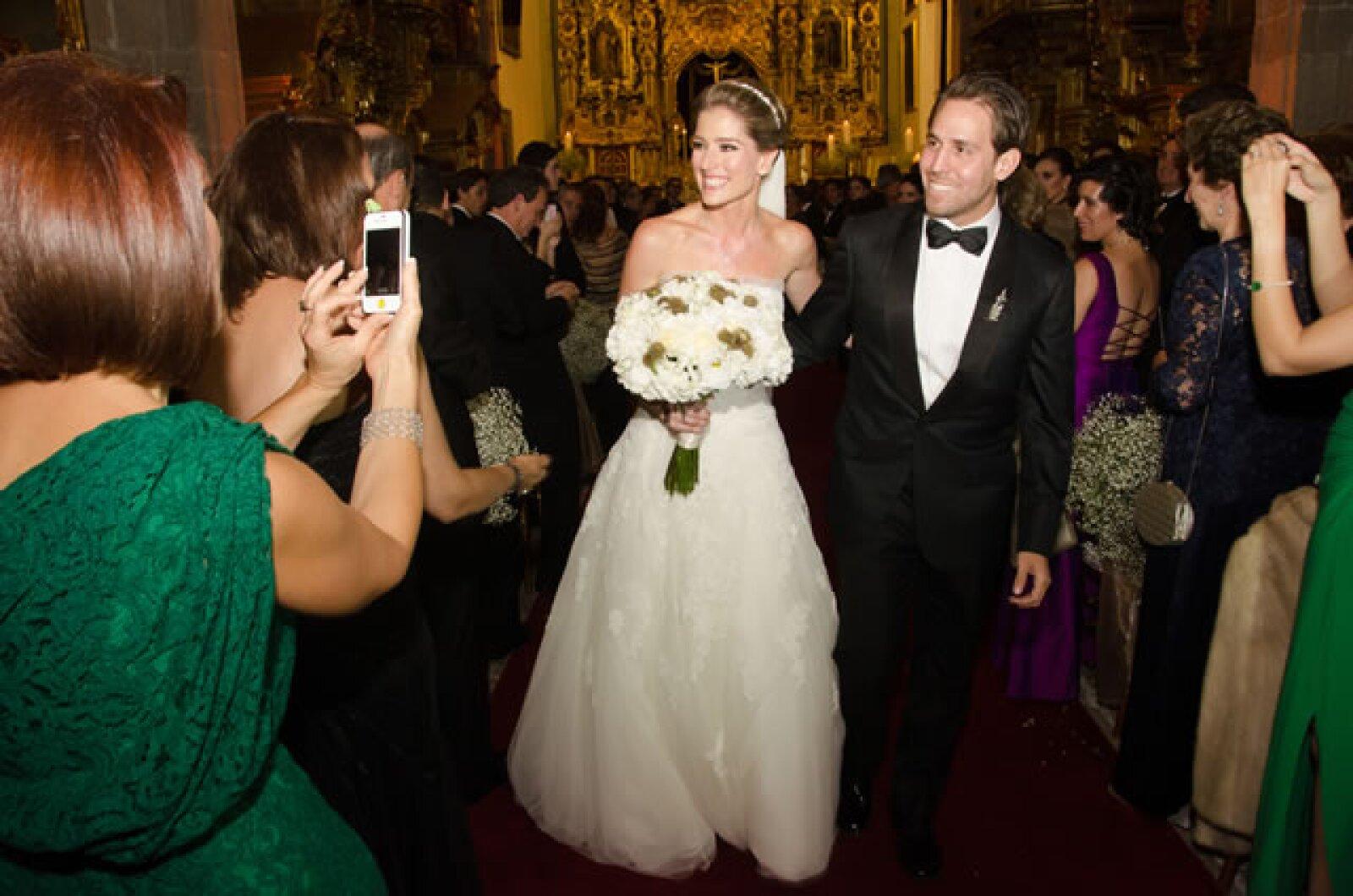 Gustavo el dio el anillo de compromiso a María Inés en febrero de este año.