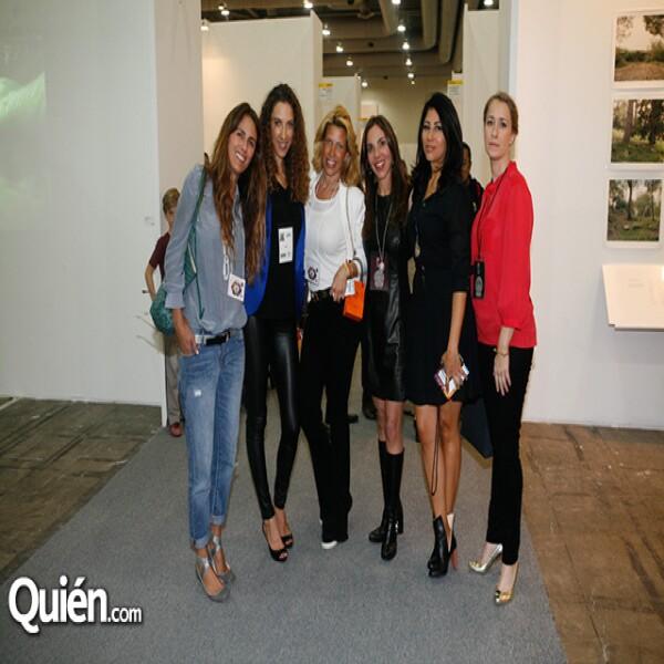 Erika Basabe,Carla aparicio,Beatriz Pasquel,Andrea Nales,Claudia Flores,Sydney Brown