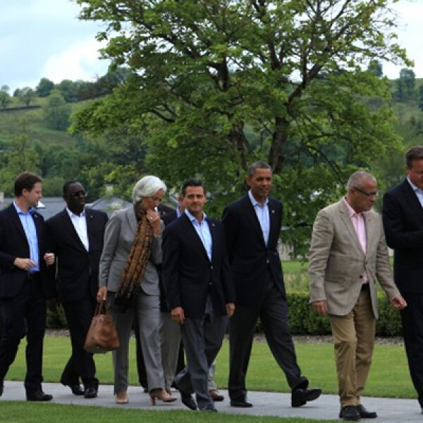 En la segunda quincena de junio visitó Londres, donde dio una conferencia magistral organizada por Chatham House; además, participó en la Cumbre del G8 en Belfast, Irlanda del Norte. En 2012, como presidente electo, estuvo en Alemania, Gran Bretaña, Españ