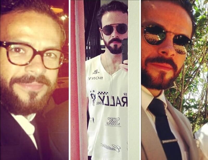 Josemaría sabe que los lentes son muy importantes en todos los looks.