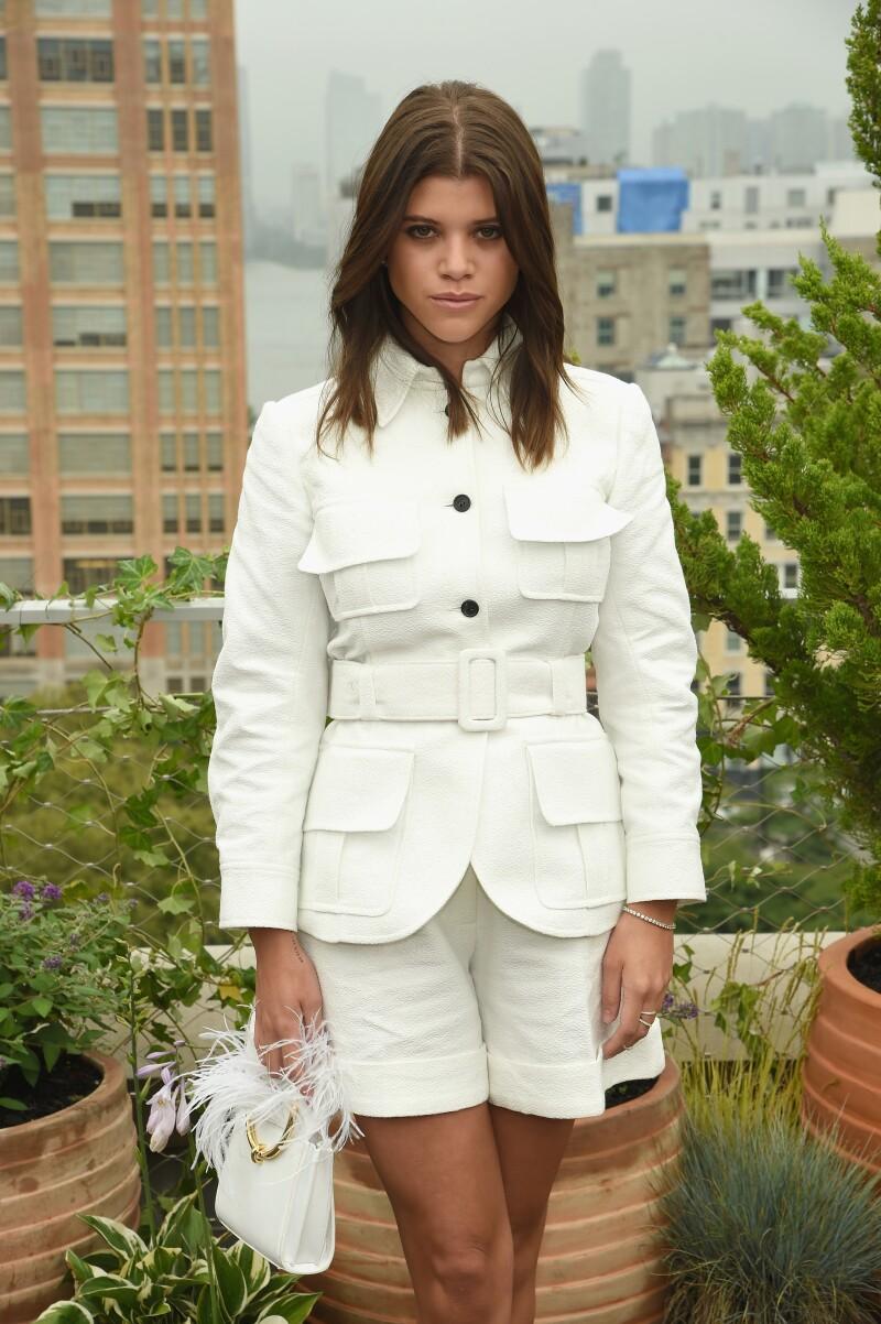 Sofia Richie sorprende con transformación al estilo Kardashian