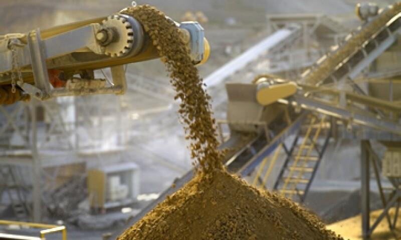 La compañía espera producir hasta 345,000 onzas de oro en la mina durante 2014. (Foto: GettyImages)