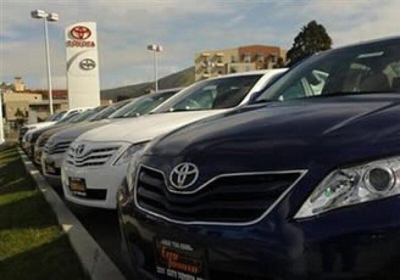 Según analistas, instalar un sistema de control de frenos cuesta 50 dólares por vehículo. (Foto: Reuters)