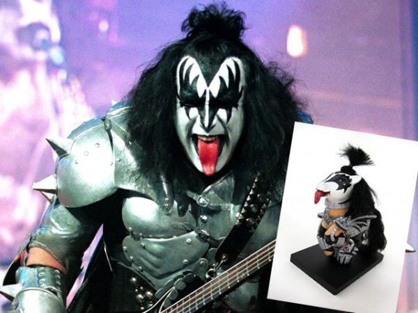GENE SIMMONS. Vocalista del famoso grupo de rock Kiss.