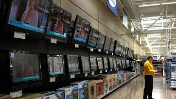 Walmart abrió 30 unidades comerciales, alcanzando un total de 2,757 tiendas en operación en México y Centroamérica. (Foto: AP)