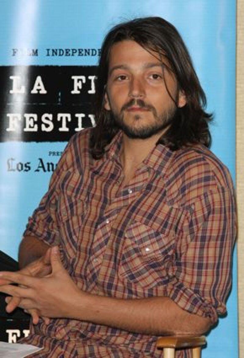 El actor desea seguir adelante con sus planes con la cinta de ficción de la que sólo revela que tratará sobre un niño de 10 años y que comenzará a rodar en julio, en el estado de Aguascalientes.