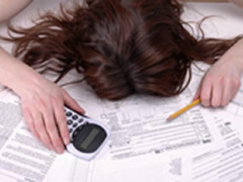 Cada vez un número mayor de acreditados hipotecarios incumple el pago de su deuda. (Foto: Archivo)