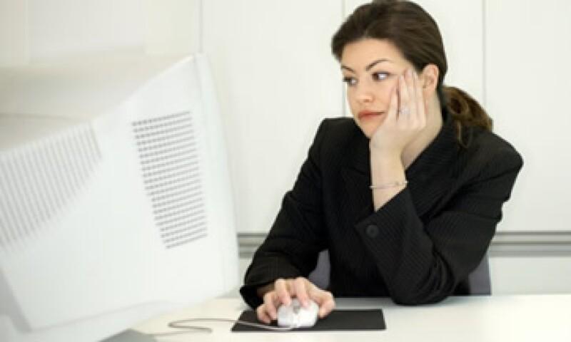 Se puede implementar un esquema de beneficios, como dar mayor flexibilidad en sus horarios de trabajo y obtener una fuerza laboral más motivada. (Foto: Thinkstock)
