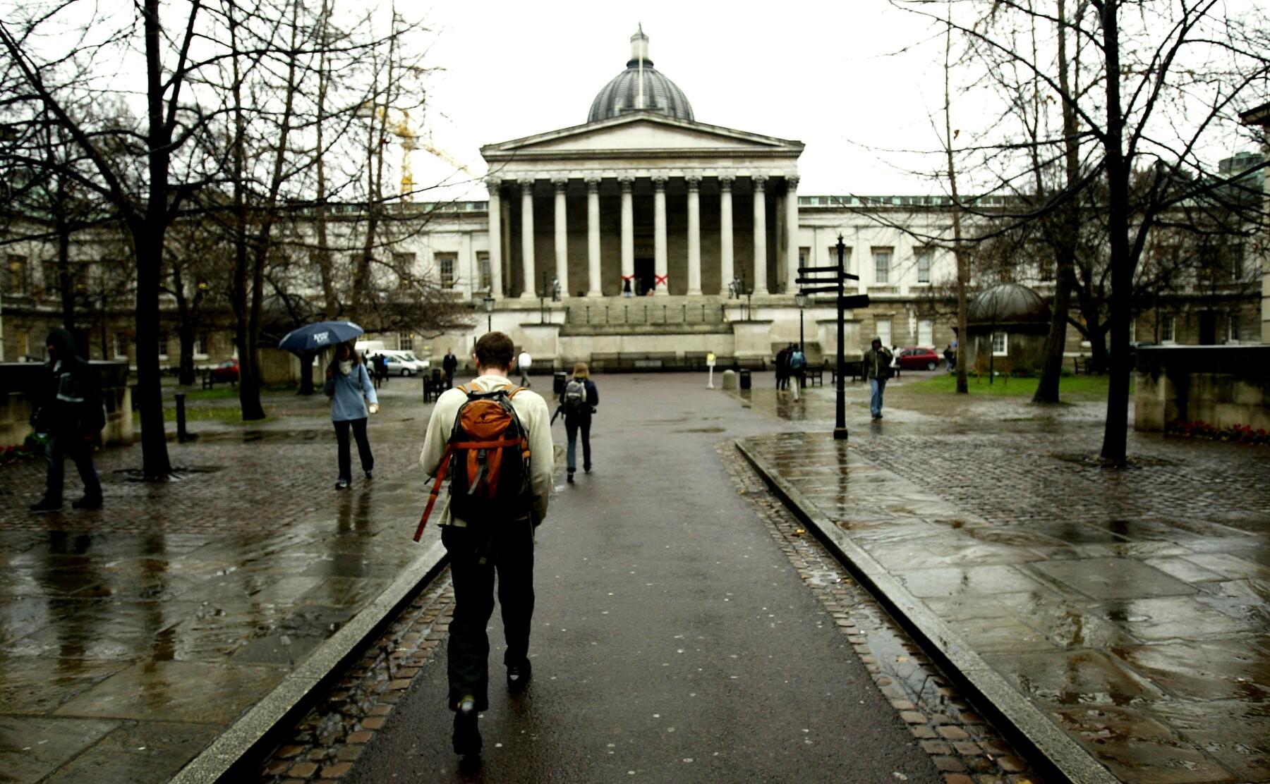 La separación podría servir para que el gobierno británico ahorre al no tener que dar asistencia a estudiantes de la UE.